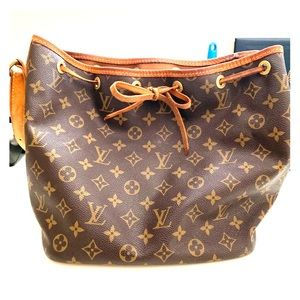 Louis Vuitton Petit Noe M42226 monogram bag